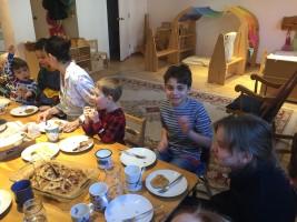 JK and Grade 4 buddies share pancakes